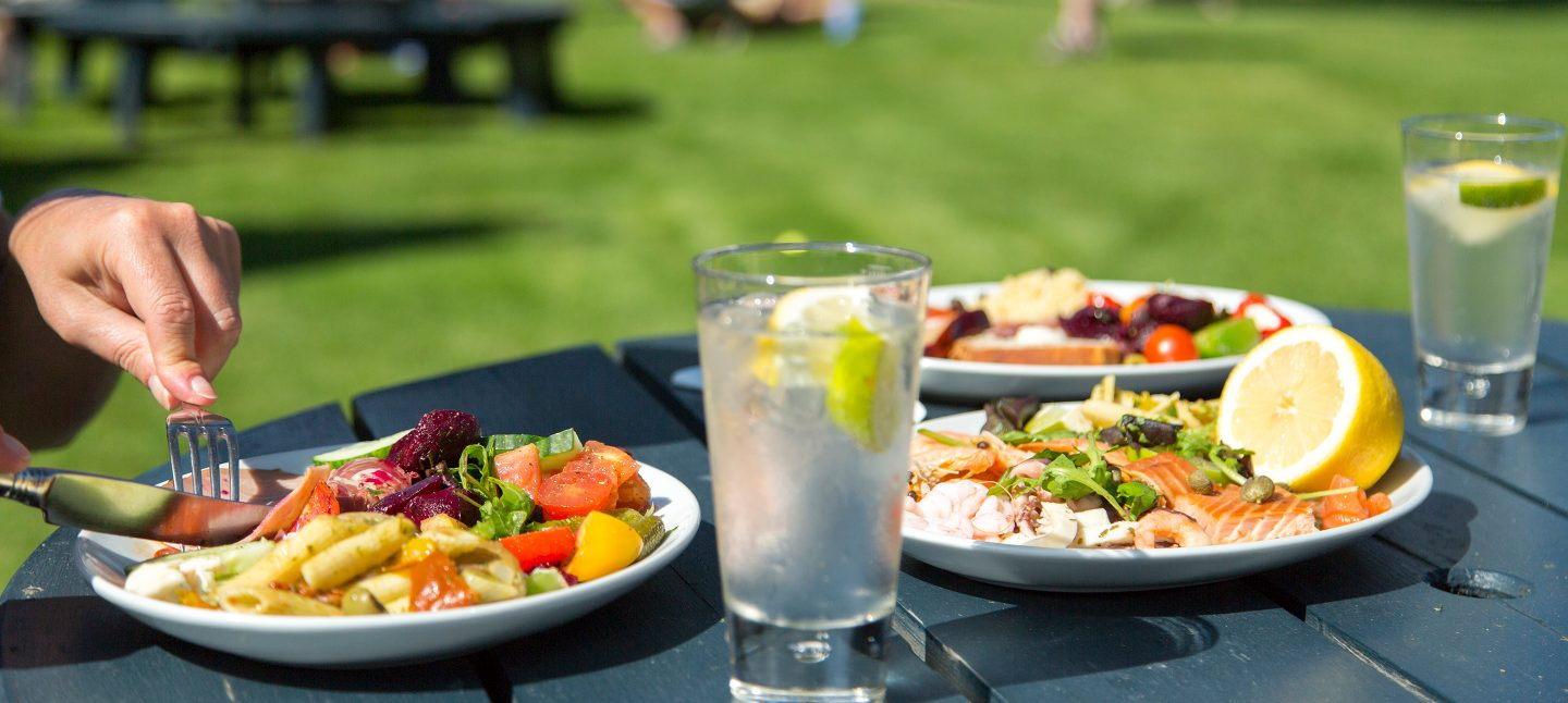 Outdoor dining in Dorset hotel Knoll House