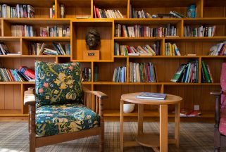 Library and reading area at Dorset beach hotel Knoll House